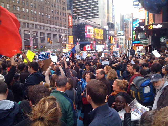 [Updates] 42 Reportedly Arrested As Occupy Wall Street Protesters Take Over Times Square