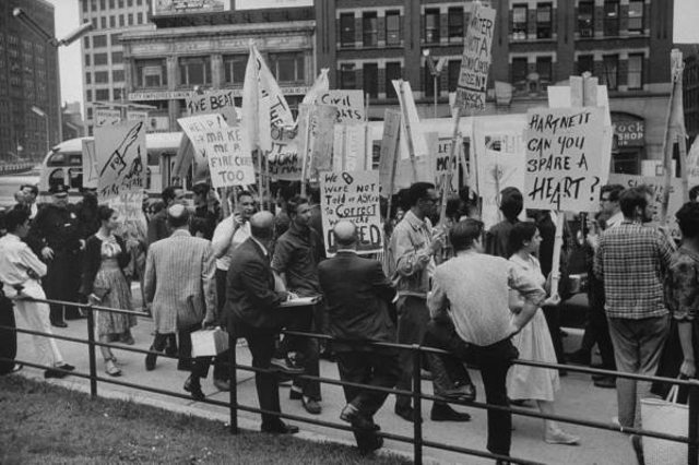 [UPDATED] Guess The Year... And What These New Yorkers Were Protesting