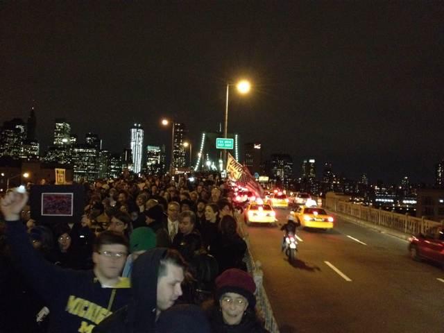 Photos, Videos: Thousands Join Occupy Wall Street March Across Brooklyn Bridge