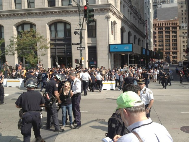 Liveblog: NYPD Welcomes Occupy Wall Street Anniversary With Arrests In Lower Manhattan
