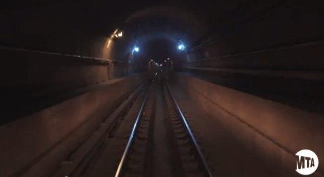 A Peek Inside The DRY East River L Train Tunnel!