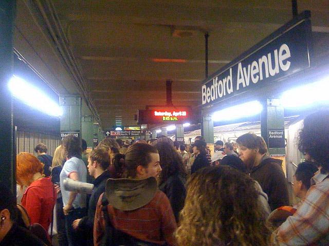 MTA Exploring Installing Sliding Doors At L Train Stations