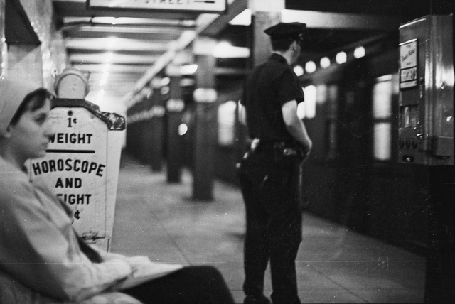 Photos: The Subway In The 1960s, When Platforms Had Horoscope Machines