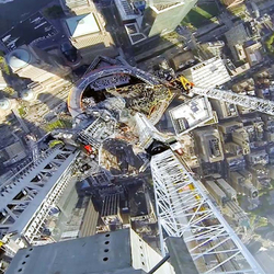 _9 Minutes Of Insane Vertigo-Inducing Video From 1WTC's Spire