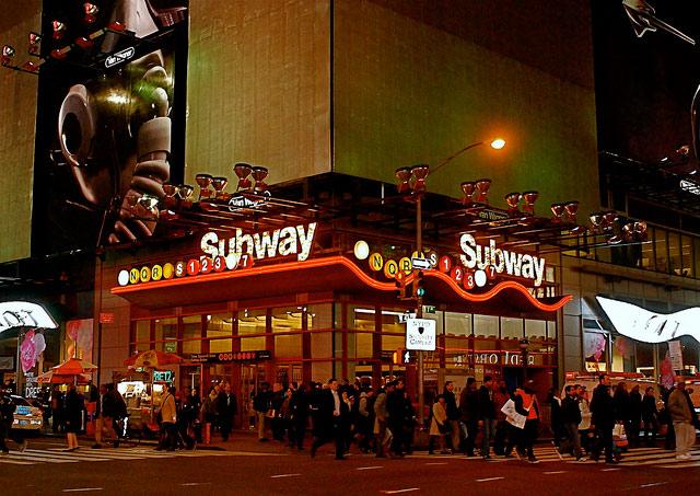 23-Year-Old Man Dragged By Subway At Times Square