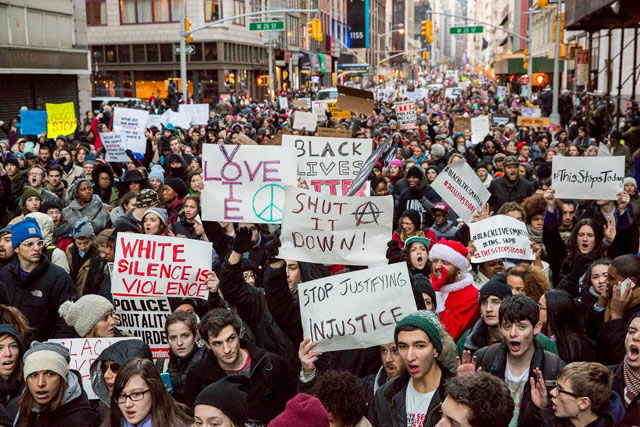 Photos: Millions March Shuts Down Brooklyn Bridge, NYPD Says They Must