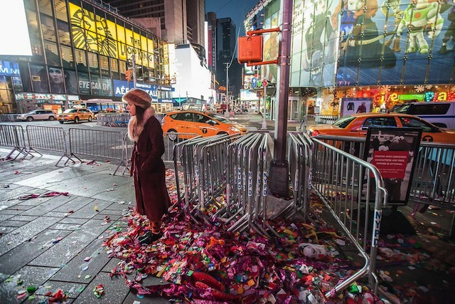 Here's What Times Square Looked Like Before Sunrise On January 1st