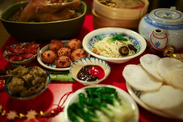 Lunar New Year Nom Noms: 8 Auspicious Foods To Eat In The Year Of The Monkey
