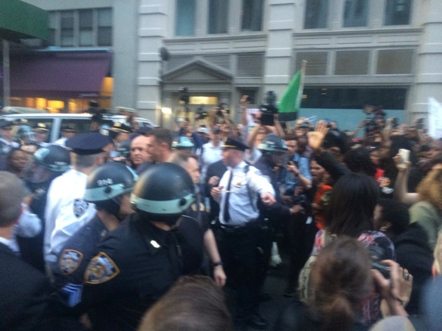 NYPD Violently Arresting Protesters During March For Freddie Gray