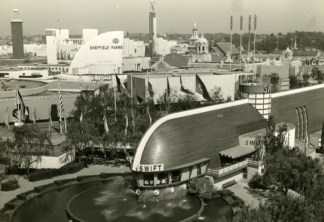 Exhibit Celebrates Critically Panned World's Fair Architecture