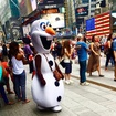<em>Frozen</em> Snowman Allegedly Bullied Times Square Tourist For $20 Tip
