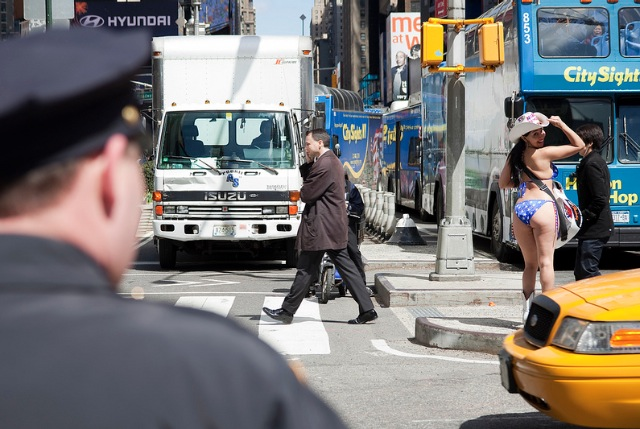 <em>Law & Order Desnudas</em>: NYPD Launches Times Square Quality-Of-Life Unit