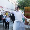 Ultra-Orthodox Jew Flips The Bird At Protester During Chicken Slaughter