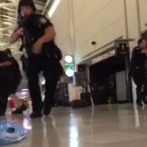 Intense Video Shows Police Response To False Gunshot Reports At JFK