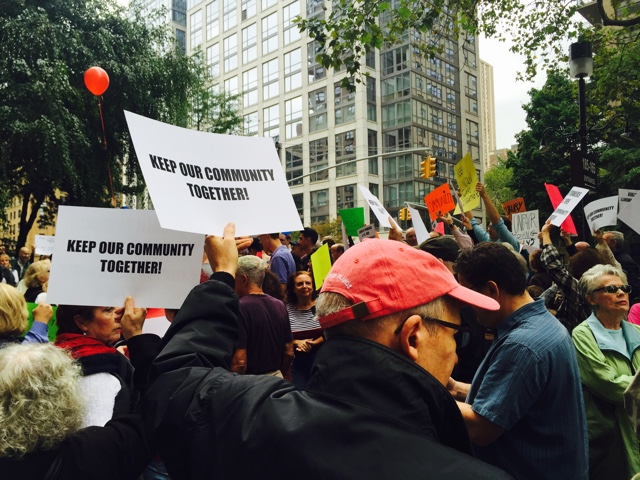 'Makes No Sense!' UWS Residents Protest Against Proposed School Rezoning