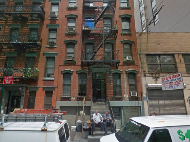Cops: Intoxicated Woman Dies After Falling Between Two Midtown Buildings