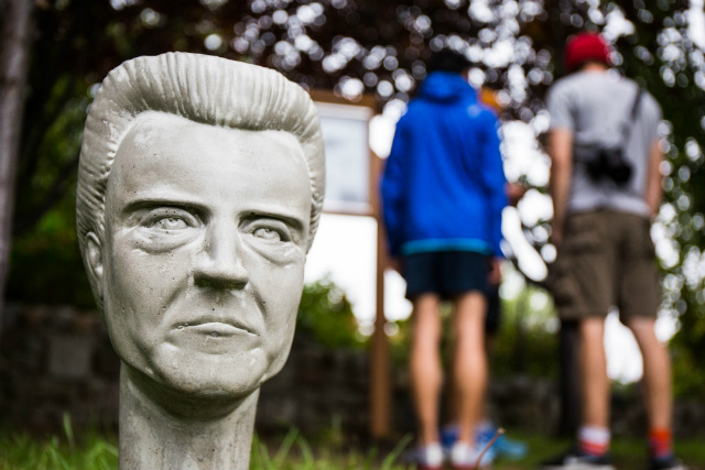 Photos: Christopher Walken's Disembodied Head Highlights Socrates Sculpture Park Exhibit