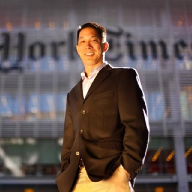 It's 2016: Woman On Upper East Side Yells, 'Go Back To China' At (American) NY Times Editor