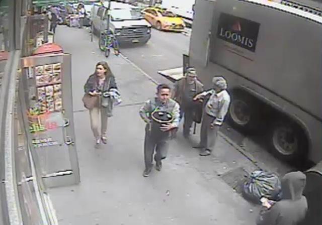 Suspect In $1.6 Million Gold Flake Bucket Midtown Theft Arrested In Ecuador