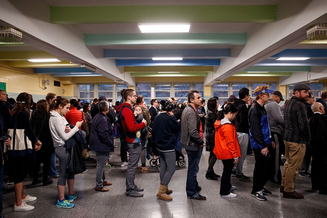[UPDATES] Photos: New Yorkers Crowd The Polls For Election Day 2016