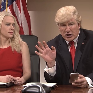 SNL Mocks Donald Trump's Tweeting Again...So President-Elect Trump Tweets Angry Response
