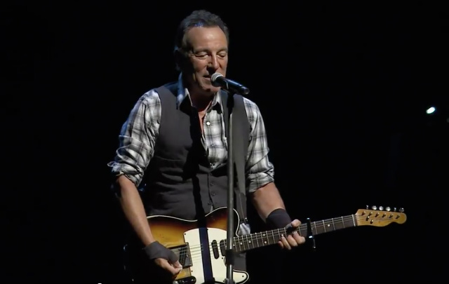 Bruce Springsteen Calls Trump's Immigration Ban 'Fundamentally Un-American'