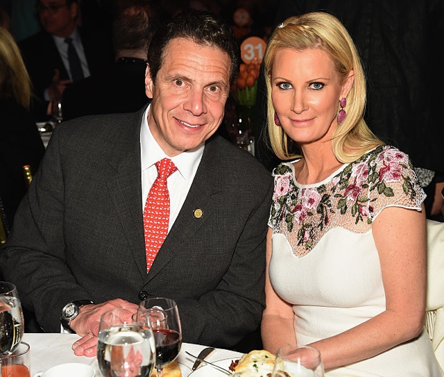 Relax: Sandra Lee Isn't Getting Married To Governor Cuomo (Yet)