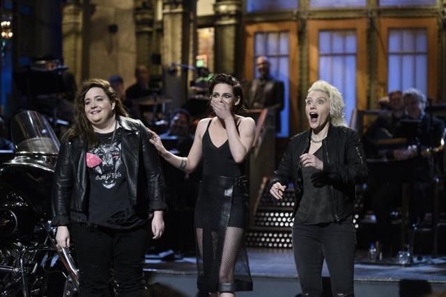 Photos, Videos: Kristen Stewart Drops F-Bomb While Hosting 'Saturday Night Live'