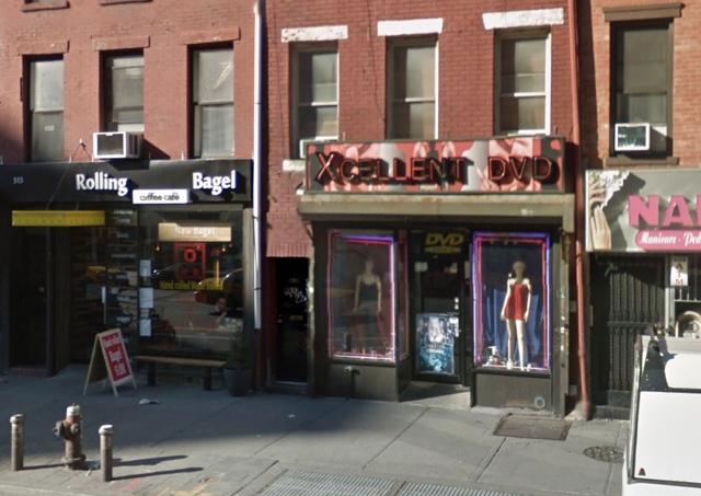 West Village Porn Shop Worker Slashed During Robbery