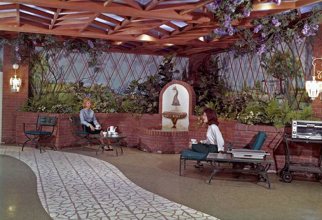 Is The 1960s World's Fair Underground Home Still There? An Investigation