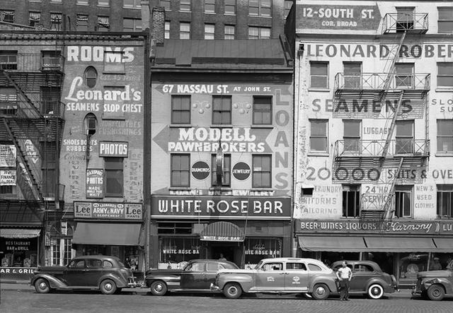 Photographer Todd Webb's Stunning Photos Of 1940s NYC