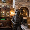 Step Inside This Extravagant Victorian-Themed Bar Dedicated To Oscar Wilde