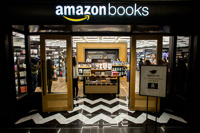Check Out Amazon's First NYC Store, Located In The Time Warner Center