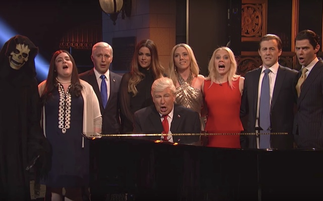 SNL's Finale Cold Open: Alec Baldwin's Donald Trump, Scarlett Johansson's Ivanka And Others Sing 'Hallelujah'