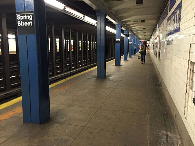 Soho Subway Robber Is Putting Cloths Over Female Victims' Mouths, Police Say