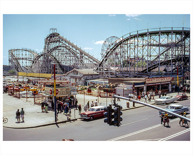 Vintage Photos Of The Cyclone, Which Is Turning 90!