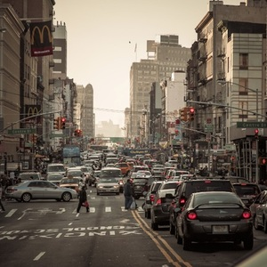 Self-Driving Cars Will Hit Manhattan Streets Early Next Year