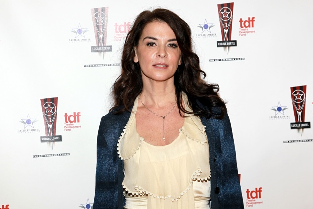 Annabella Sciorra Says Harvey Weinstein Raped Her: 'He Shoved Me Onto The Bed'
