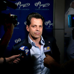 Anthony Scaramucci's 'News Outlet' Excoriated For 'How Many Jews Were Killed In The Holocaust?' Twitter Poll