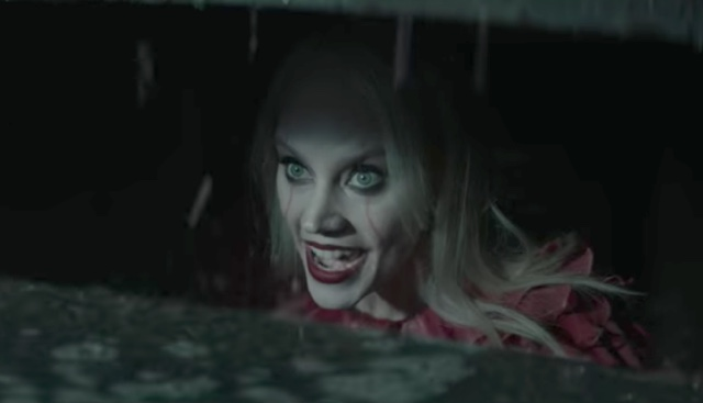Kellywise: SNL Turns Kellyanne Conway Into Pennywise The Clown