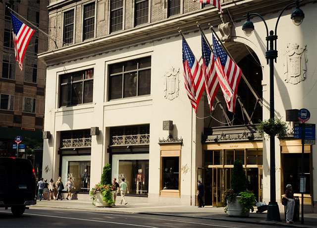 Lord & Taylor Will Close Flagship Store In Landmark Fifth Avenue Building