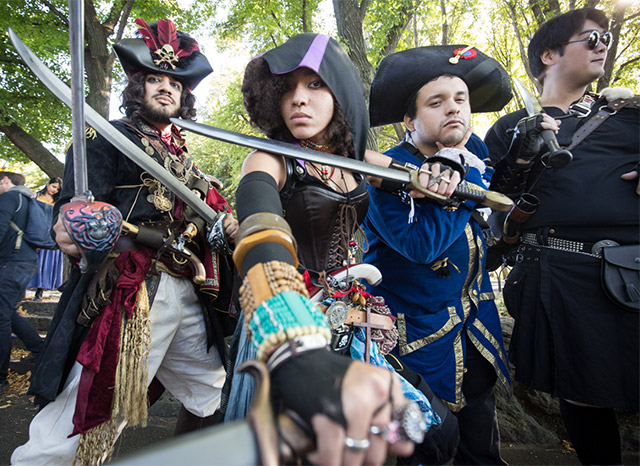 Ye Olde Cosplay: Photos Of Knights, Fairies, Warlocks And More Fort Tryon's Medieval Festival
