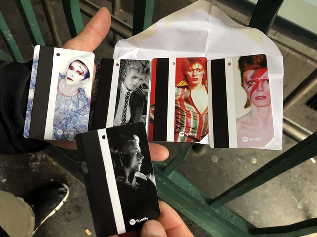 People Are Waiting On Line For Hours For Limited Edition David Bowie MetroCards