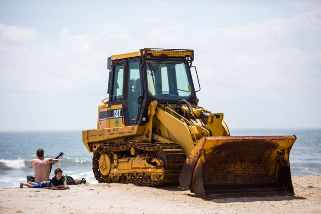 Furious Rockaway Locals Heckle NYC Parks Commissioner About Beach Closure