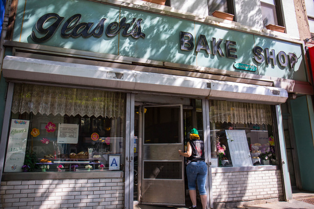 Get To The Iconic 116-Year-Old Glaser's Bake Shop Before It Closes Forever