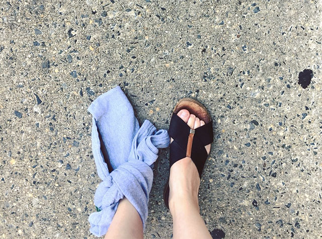 Woman Reunited With Shoe That Fell Onto Subway Tracks After Fellow Commuter Stepped On It