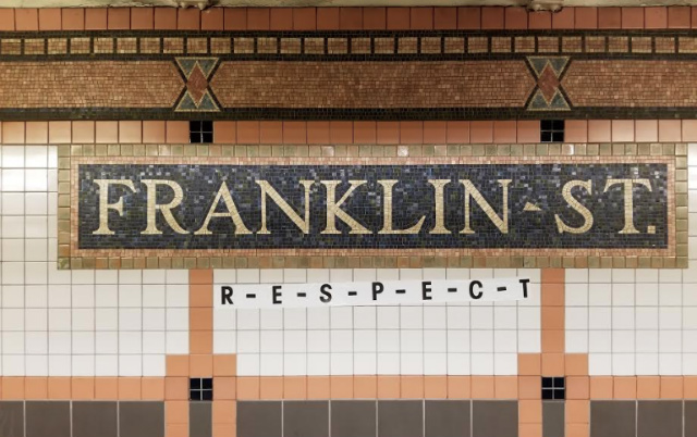 Photos: Franklin Street Subway Station Turned Into Makeshift Aretha Franklin Tribute