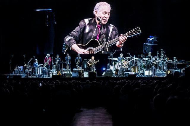 Paul Simon Throws Generous Goodbye Party At Madison Square Garden
