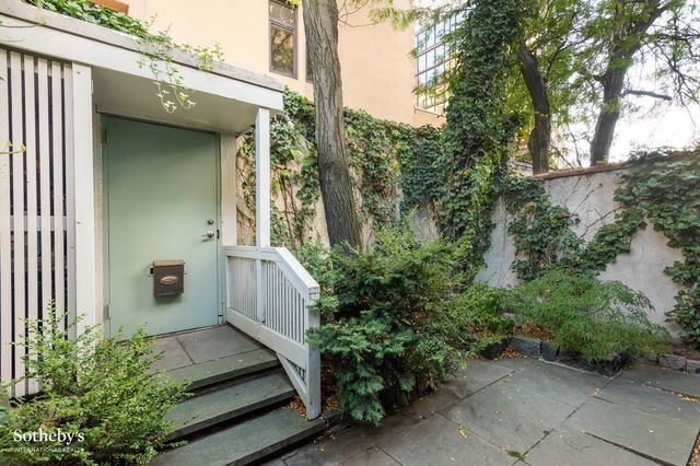 Inside An Unusual Old Home For Sale Across From Brooklyn Bridge Park