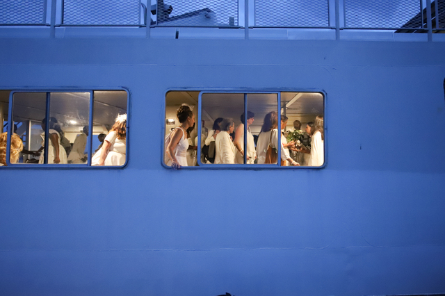 Ferry Frustrating: Diner En Blanc Left Some Participants Fuming Over Long Wait For Boats
